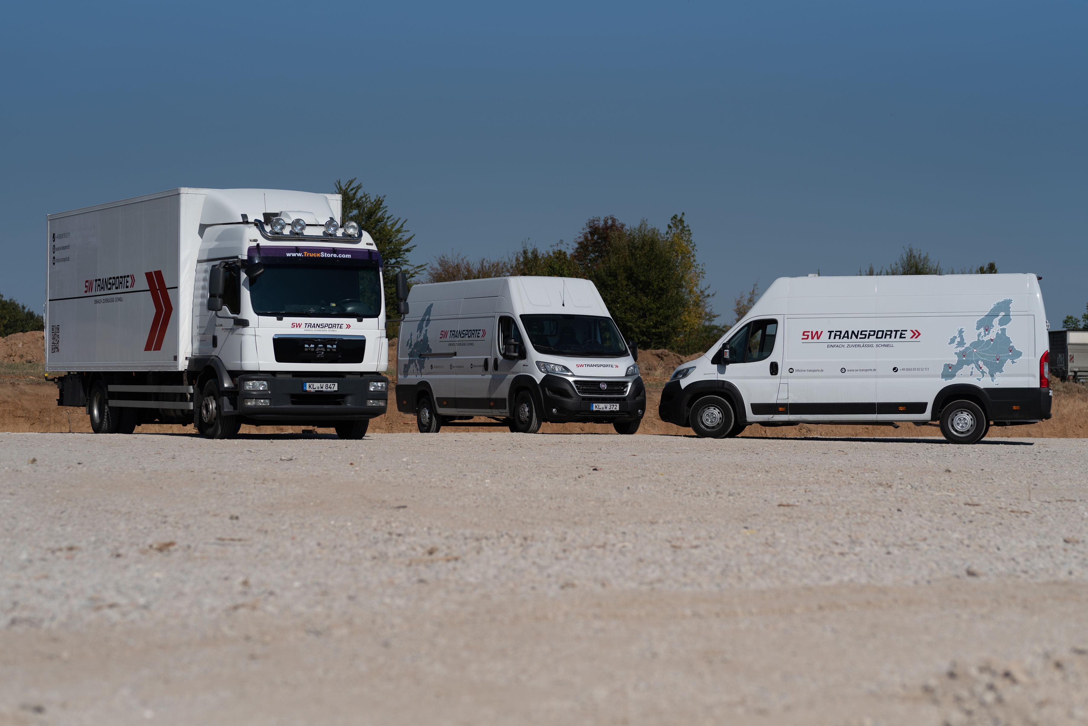 Wir bieten Transportfahrzeuge verschiedener Größen